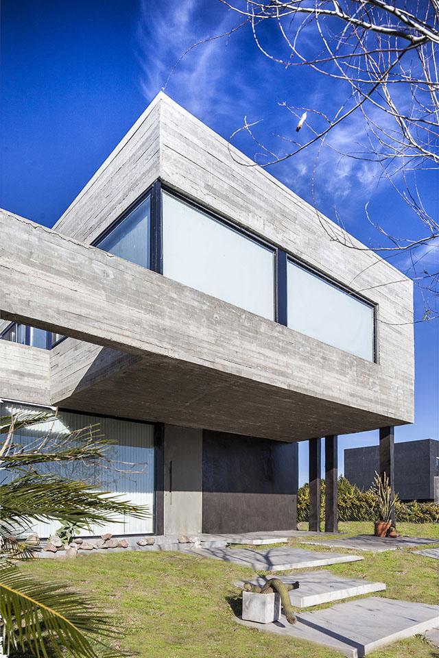 galerías con lucarnas, casa con voladizos, fachadas minimalistas