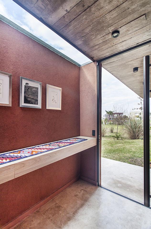 halles de casas modernos, lucarnas en hall de casa, ingreso de luz natural cenital