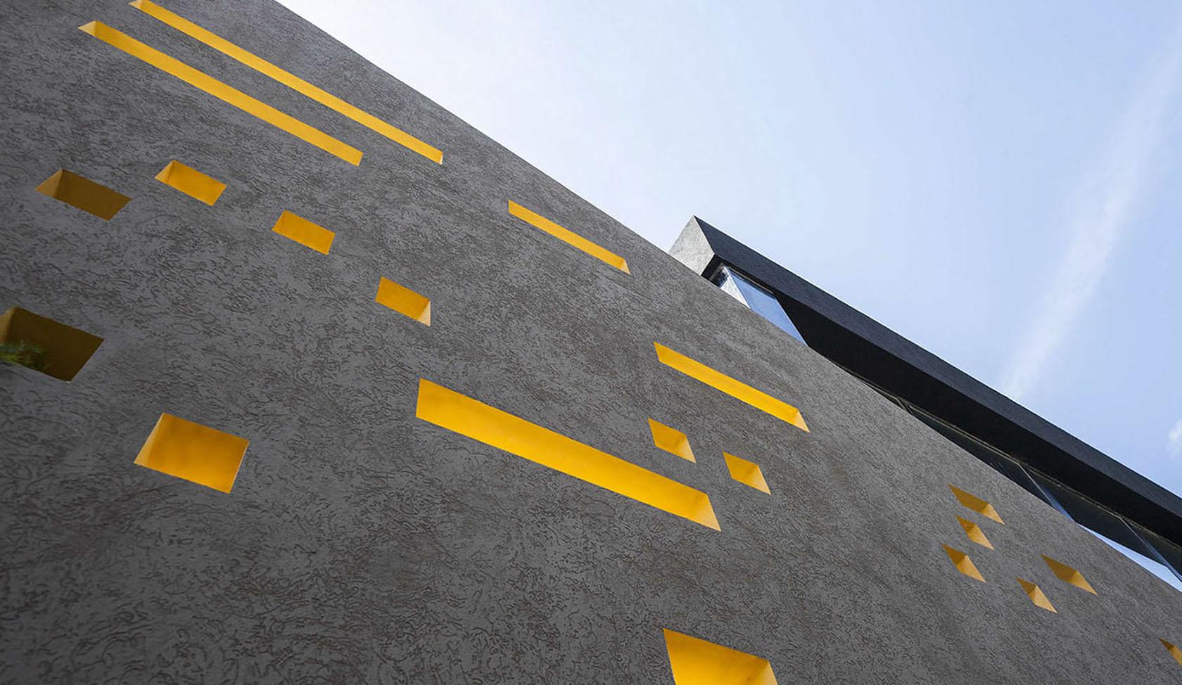 diseño de fachadas, perforaciones en fachadas, ingresos de luz natural, colores en fachadas
