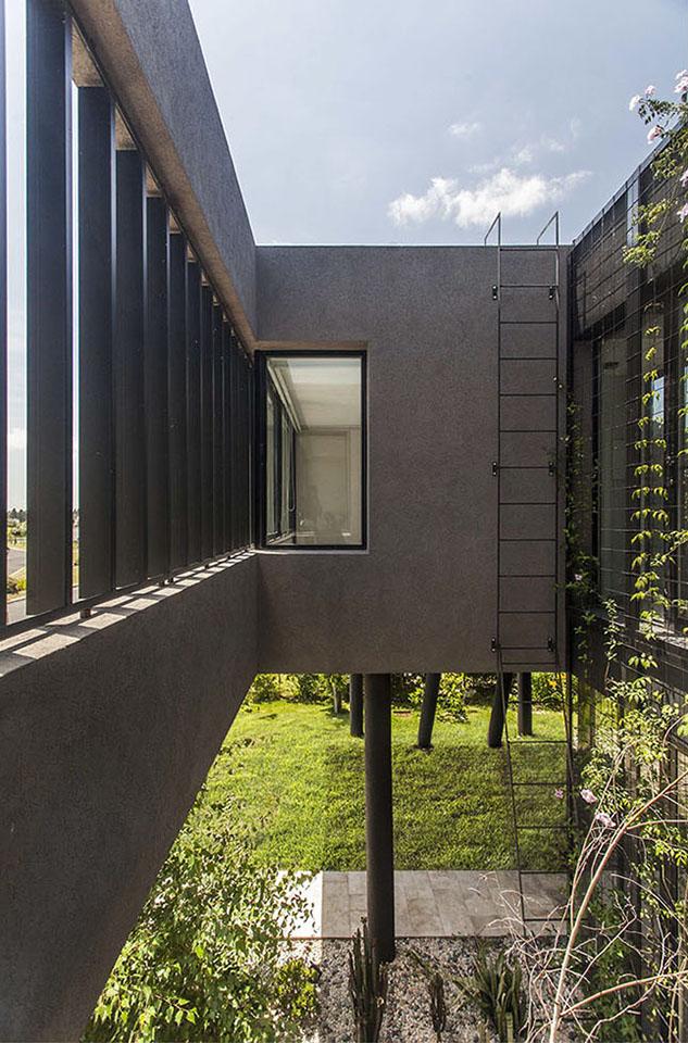 unificación de fachadas, cintas de hormigón en casas, revestimiento en tarquini, espacios especiales en casas