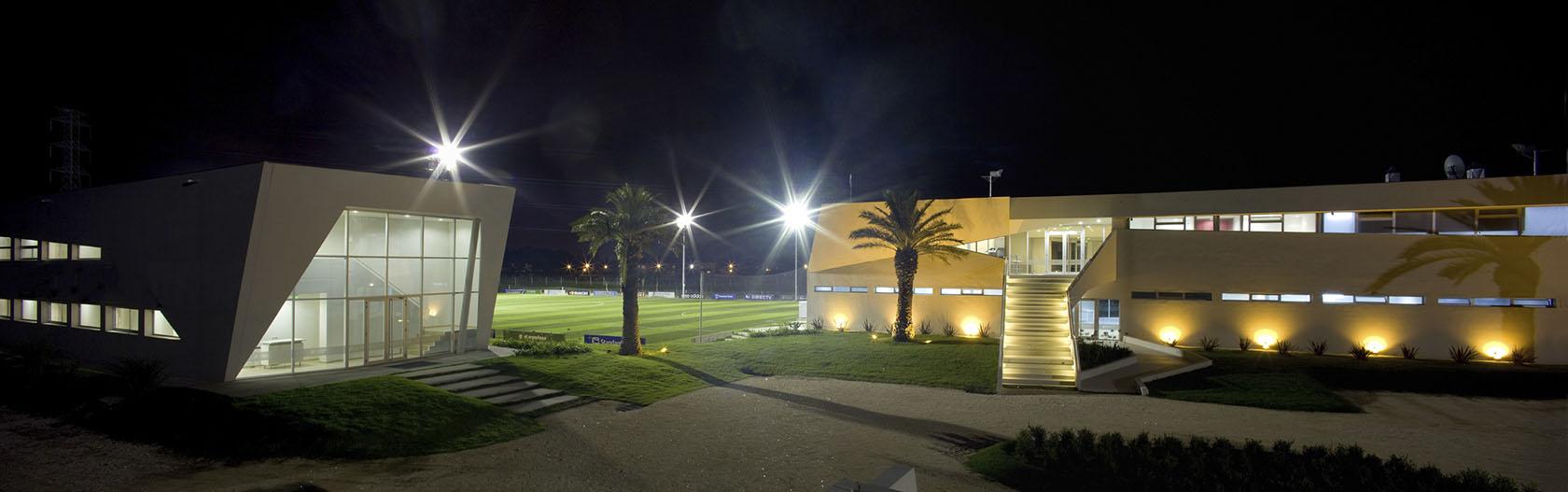 Complejo deportivo, diseño de canchas modernas, alojamiento deportivo en zona norte