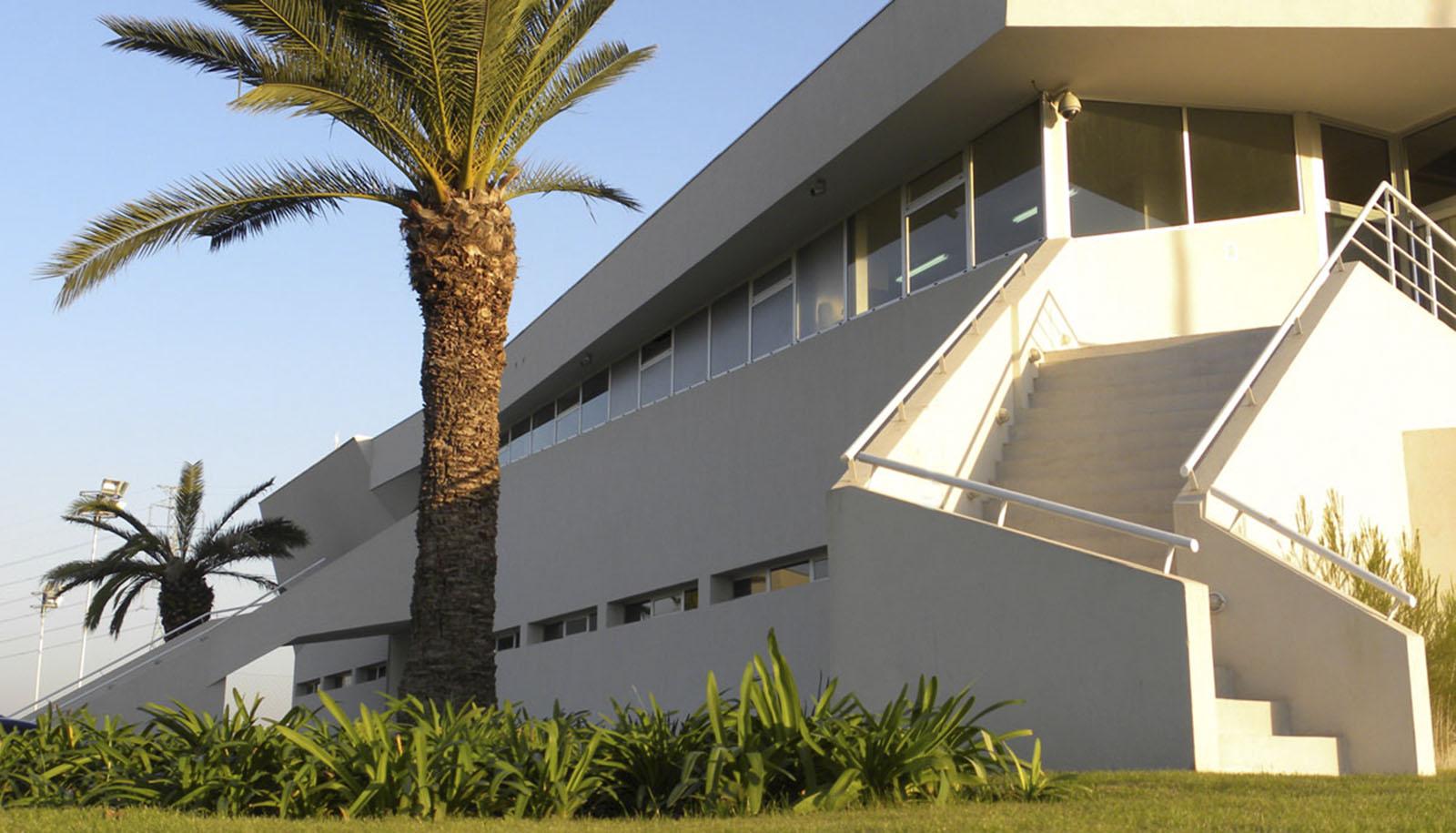 Diseño de escaleras, canchas en tigre, arquitectura deportiva, arquitectura de cintas