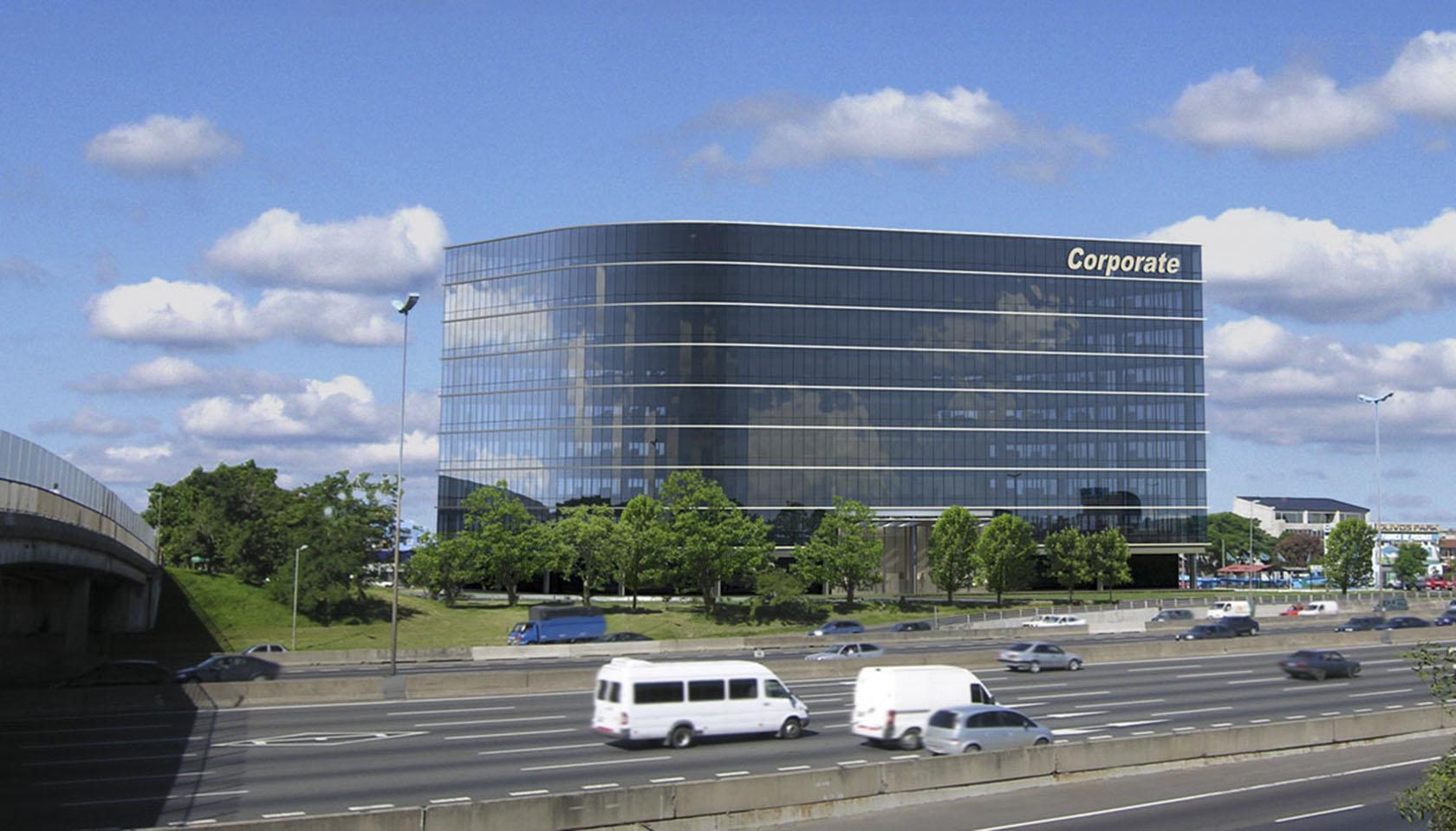 Edificios de oficinas, fachadas vidriadas en oficinas, arquitectura de oficinas, diseño de fachadas